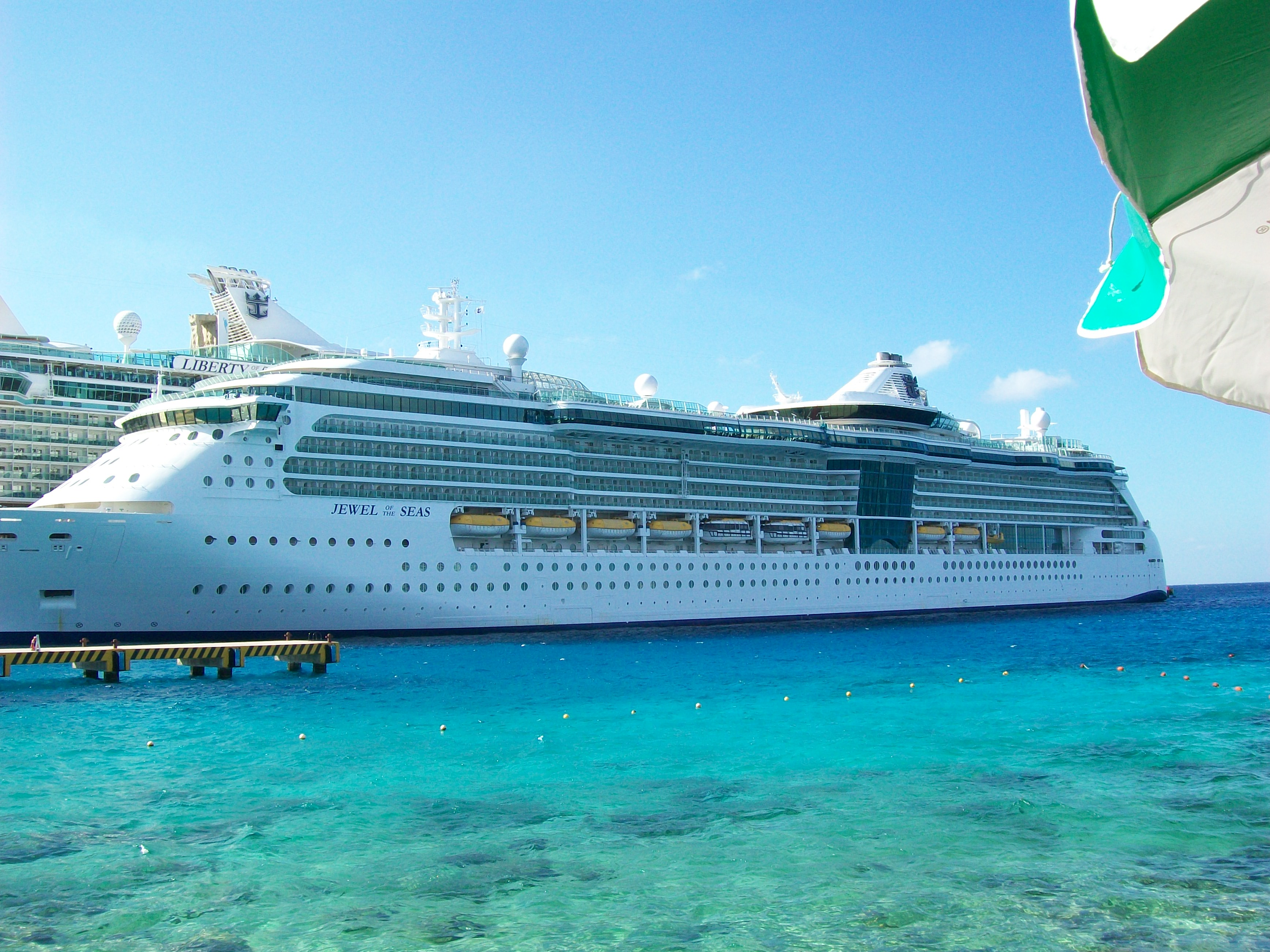 Jewel of the Seas Cruise Review - Jan 24, 2013 - A Quick Getaway