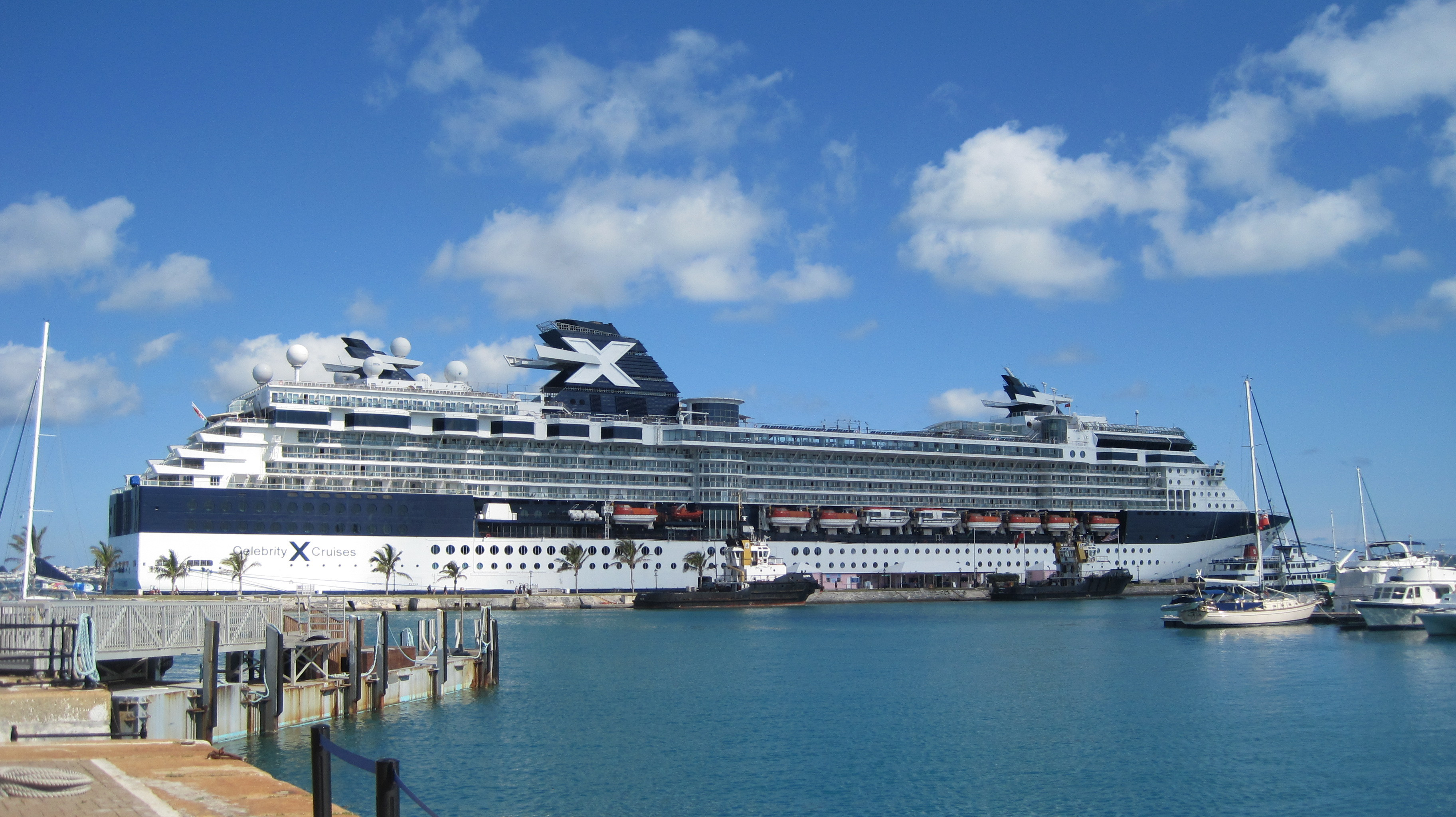 Celebrity summit contact information