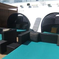 Serenity Lounge