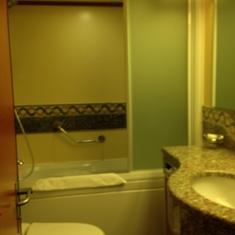 U76 Bathroom with Whirlpool Tub