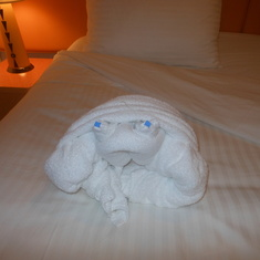towel creatures - the crab