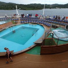 Mahogany Bay, Roatan, Bay Islands, Honduras - Entering Mahogany Bay, Isla Roantan