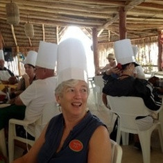 Salsa lesson in costa Maya