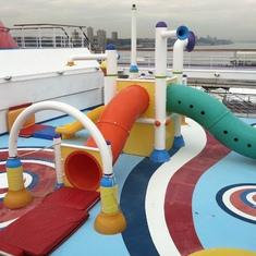 Kids' splash area, Carnival Splendor