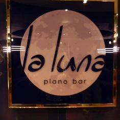 La Luna Piano Bar