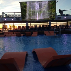 Quantum of the Seas Main Pool
