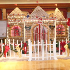 Loved the holiday decorations, especially this gingerbread house.