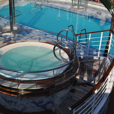 Hot tub on Royal Princess