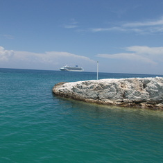 Great Stirrup Cay (Cruiseline Private Island), Bahamas - Leaving Great Stirrup Cay heading to the Sky