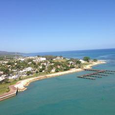 Nassau, Bahamas - Anticipation on the Oasis