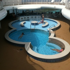 Adults-only pool, Disney Dream