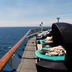 Serenity Deck pods