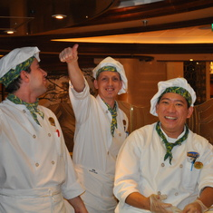 Pizza makers dancing in Vines on Royal Princess