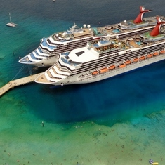 Carnival Sunshine (front) and Carnival Glory (r) in Grand Turks