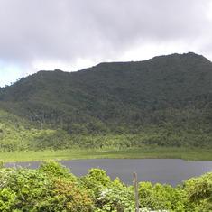 Grenada - vol lake
