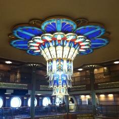 Chandelier in main foyer, Disney Dream