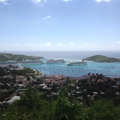 Charlotte Amalie, St. Thomas - Charming view of the bay of San Tomas