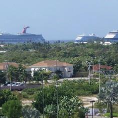 Ships Caymans