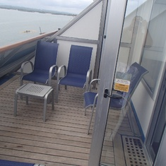 Aft extended balcony