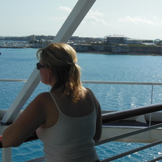 """King's Wharf, Bermuda - Aft """"obstructed"""" view."""