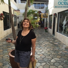 Shopping in Nassau