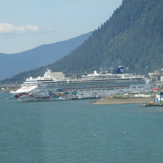 Approaching Juneau with Norwegian Jewel in port