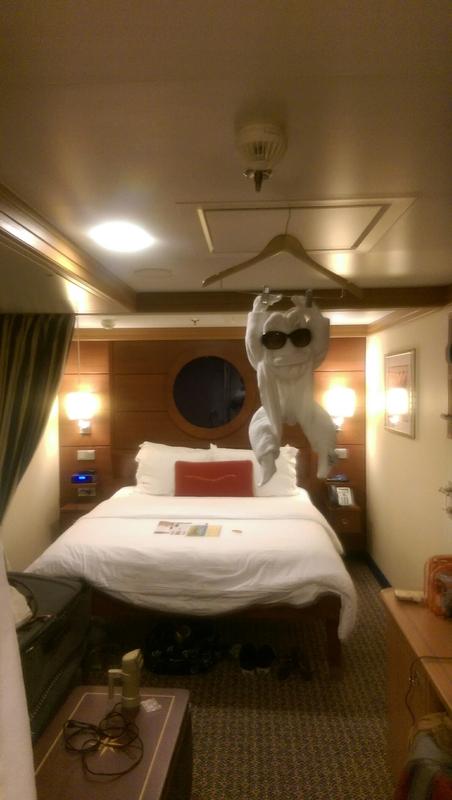 Disney Dream Cabins And Staterooms Cruiseline Com